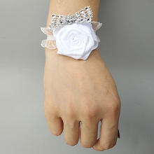 Wedding Flowers Bracellete Wrist Corsage Bridesmaid Bracelet Wrist Flower Bracelet Fleur Demoiselle D'honneur Wedding Bridemaids(China)