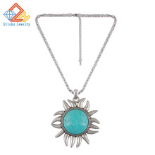 (1piece / lot) 100% eco-friendly material Sliding ladys pendant in turquoise