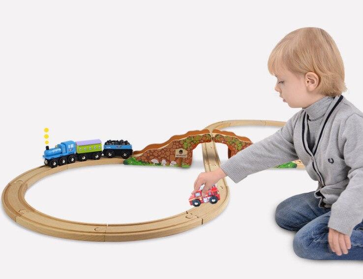Accessoires en bois de combinaison de Train de voie ferrée pour Thomas Trains Biro jouets éducatifs pour les enfants.