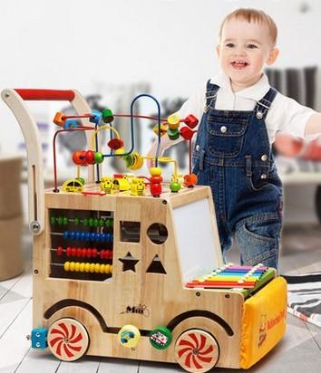 Niños andador multifunción carro rollover bebé alrededor de la gran cofre del tesoro