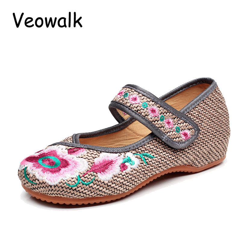 Veowalk 2017 New Women's Embroidery Flower Shoes Old Peking Mary Jane Flats Female Casual Demin Driving Shoes Gray Plus Size 41 vintage embroidery women flats chinese floral canvas embroidered shoes national old beijing cloth single dance soft flats