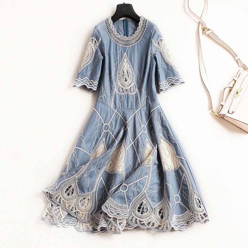 New arrival 2018 spring summer fashion women vintage hollow out embroidery dress short sleeve pleated dresses blue