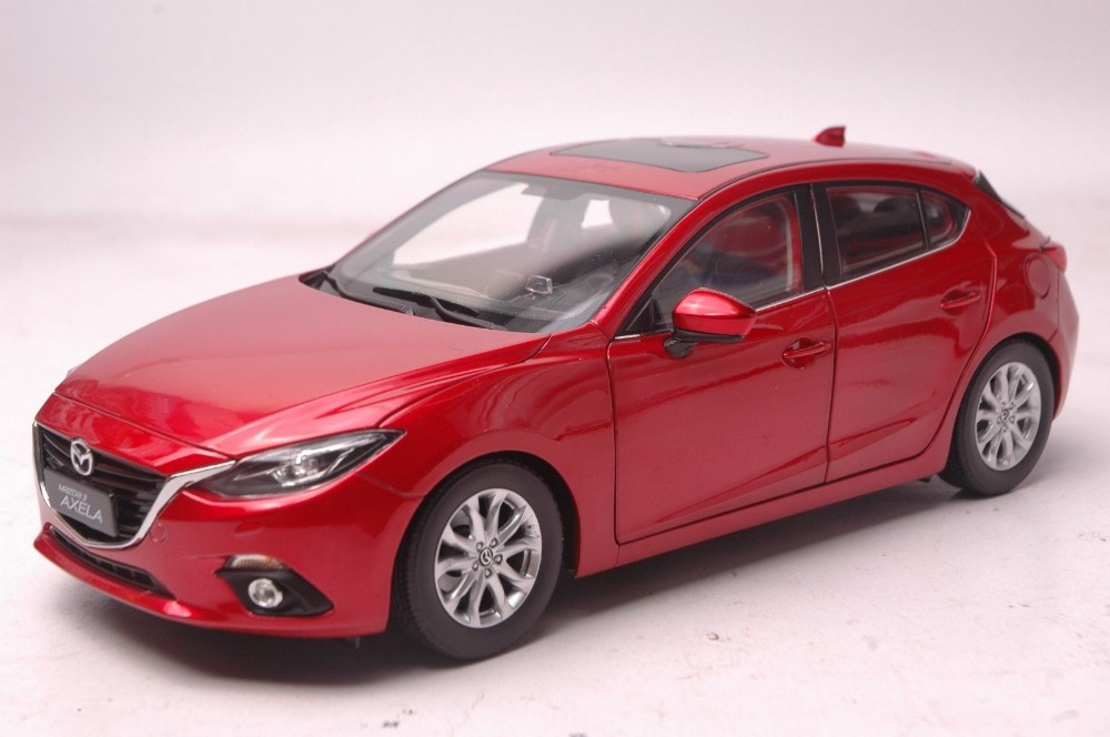 1:18 Diecast Model for Mazda 3 Axela 2014 Red Hatchback Alloy Toy Car Miniature Collection Gift