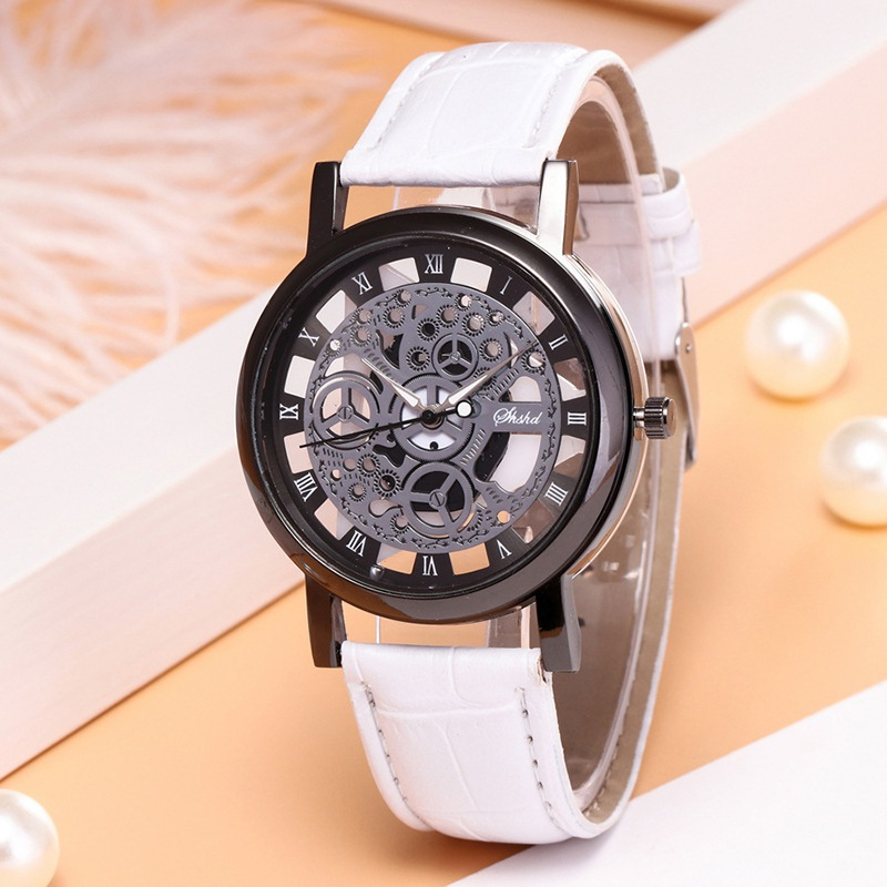 Fashion Hollow PU Belt Lovers Watch Luxury Round Easy To Read Watch Is Not Waterproof