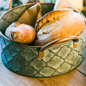 Image 3 - Iron Bread Basket Retro Antique Style Family Metal Storage Basket Fruit Container Fried Vintage Tray With Handle Decoration