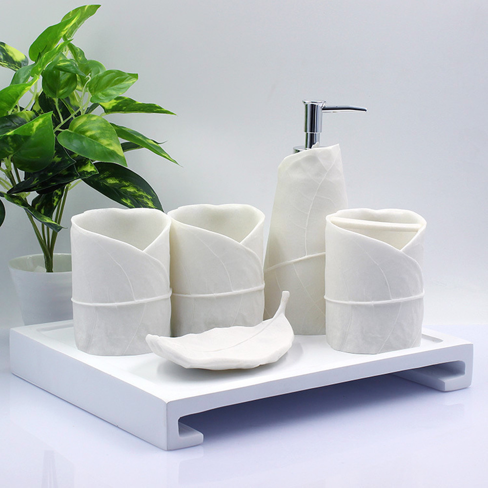 European luxury bathroom wash set mug bathroom toiletries brush cup LO87421 simple bathroom ceramic wash four piece suit cosmetics supply brush cup set gift lo861050