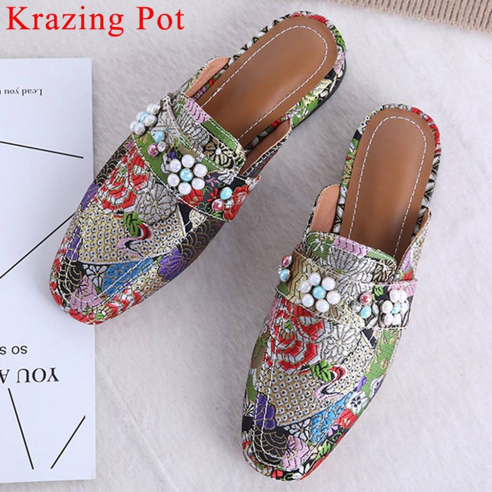 Krazing Pot new arrival ethnic style embroidery silk material slip on mules large size mules square