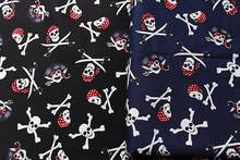Leo & lin preto azul escuro restaurar pirate crânio impressão micro primavera roupas diy retalhos tecido de algodão tissus 50cm
