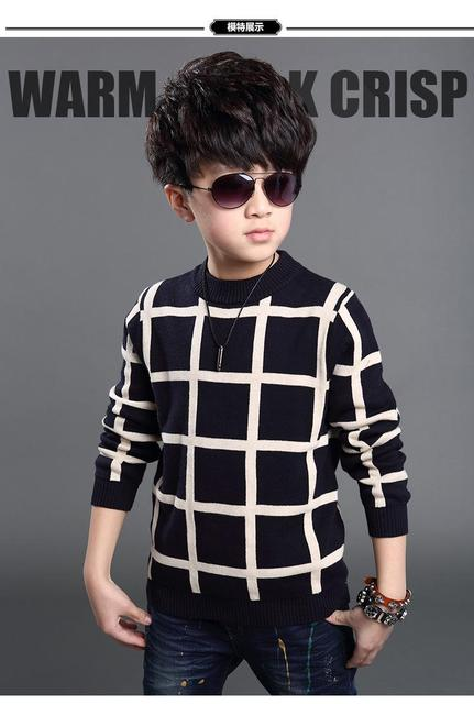 The new autumn and winter boy plaid sweater collar plaid sweater