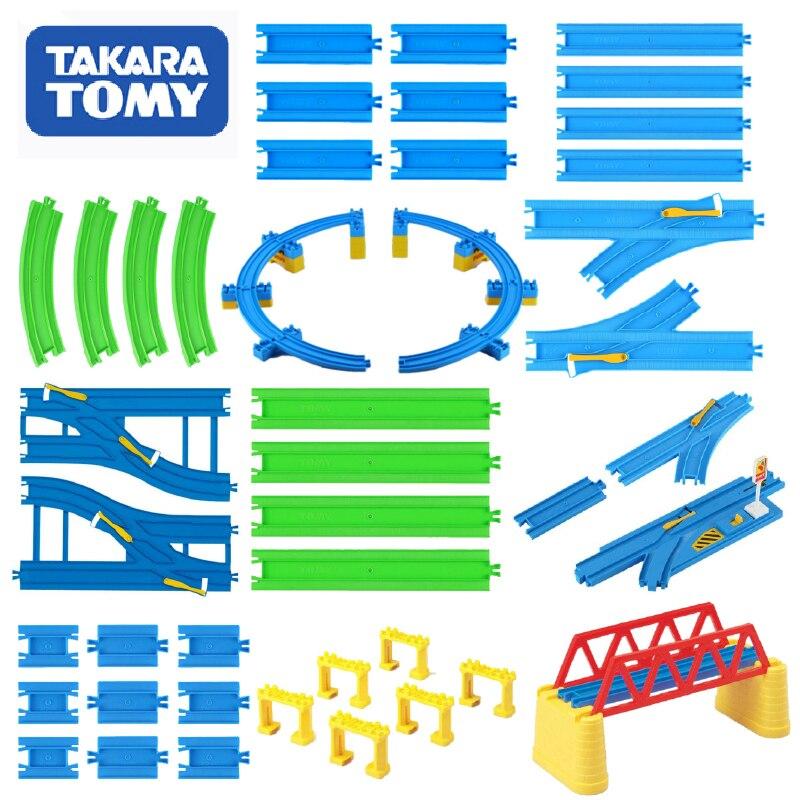 Takara Tomy Plarail Trackmaster Binari del Treno Ferrovia di Plastica Parti di Accessori Curva/Diritto/Blocco/Ponte Giocattoli Nuovo