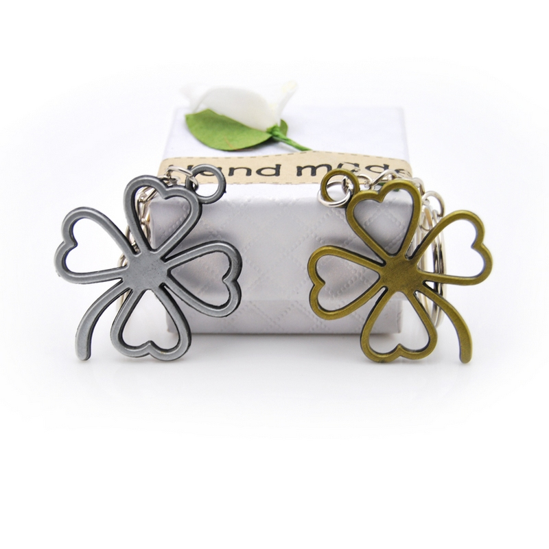 New Fashion Lucky Four Leaves Clover Key Chains Bag Buckle Pendant For Car Keyrings KeyChains Women Jewelry Men Original Gift in Key Chains from Jewelry Accessories