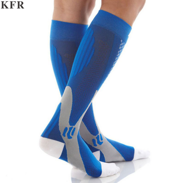 KFR 2018 Men Leg Support Stretch Outdoor Sports Socks Knee High Men Nylon Sports Socks Deodorant Outdoor funny Bicycle socks