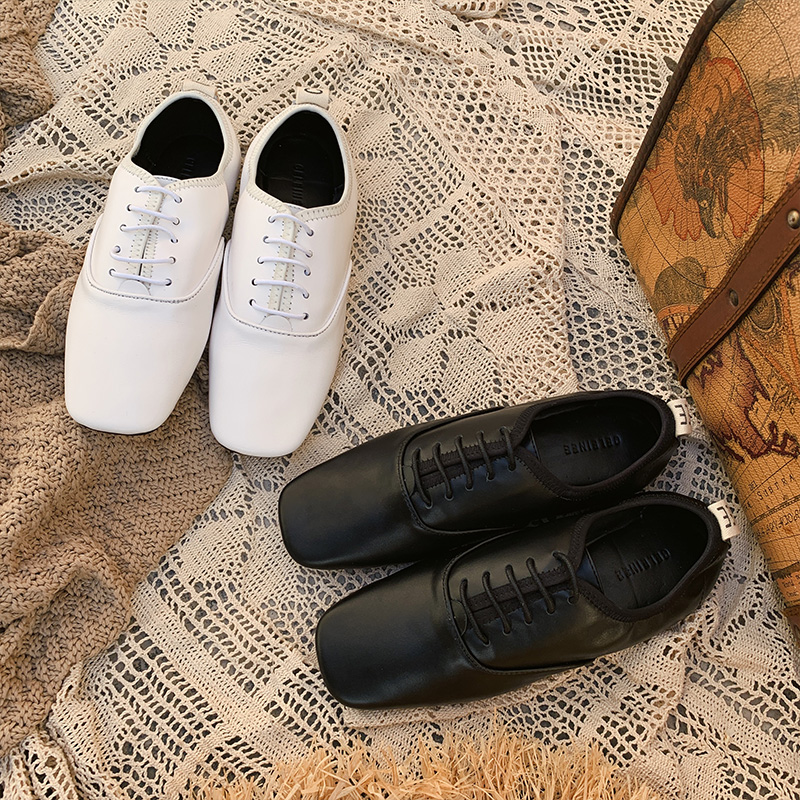 Soft Leather Comfortable Women Shoes Square Toe Lady Shoes Lace Up Low Top Flats Woman Zapatos Mujer Brand Chic Loafers WomenSoft Leather Comfortable Women Shoes Square Toe Lady Shoes Lace Up Low Top Flats Woman Zapatos Mujer Brand Chic Loafers Women