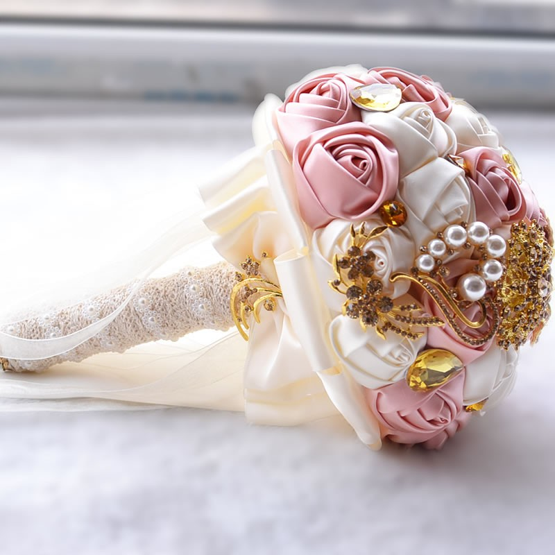 Hot-Gorgeous-Gold-Brooches-Wedding-Bouquet-Silk-Roses-Bridal-Bouquet-Rhinestones-Colorful-Bride-s-Bouquet-with