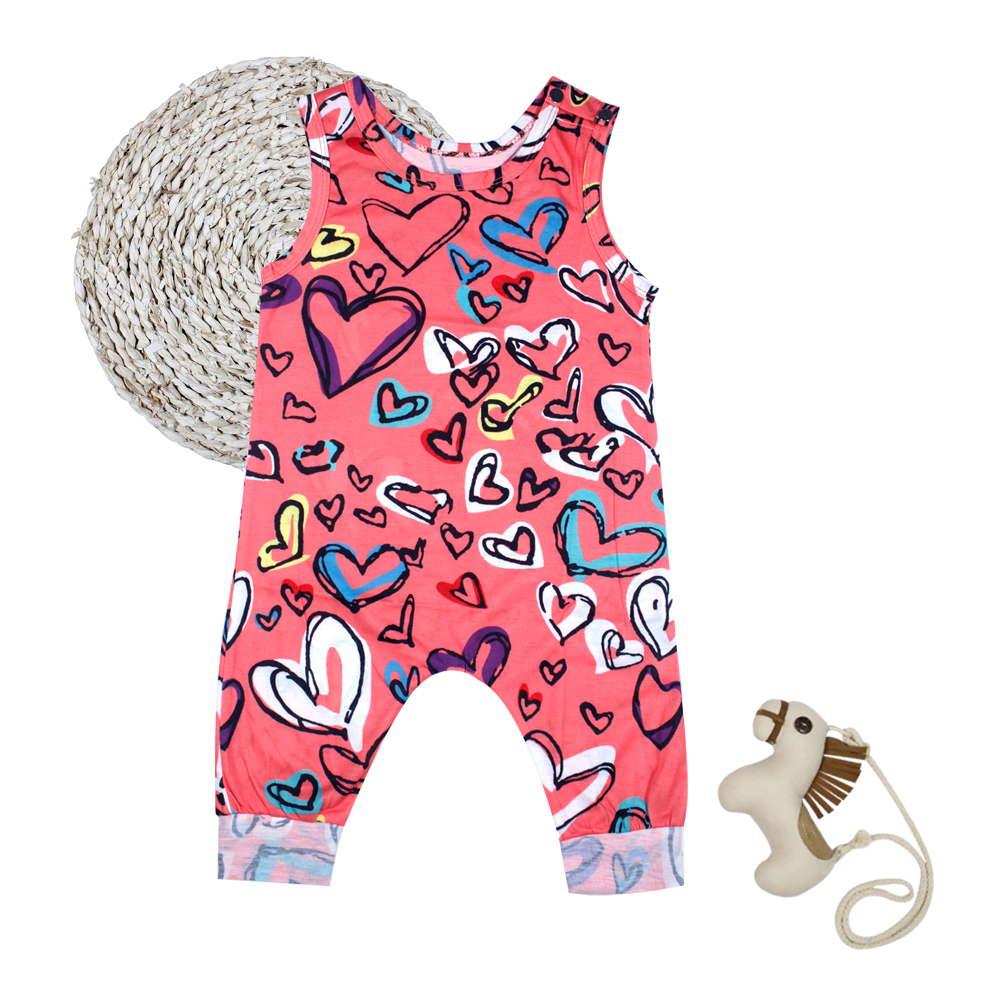 4a569fe6585f44 Leuke rode harten afgedrukte mouwloze Baby Romper babykleding Jumpsuits
