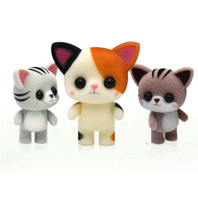 Little Cute Affollano Bambola Giocattoli Kawaii Mini Gatti Auto Decorazione Azioni Figura Giocattoli Per Bambini Regali Per Il FAI DA TE Casa Delle Bambole Animali Floccato