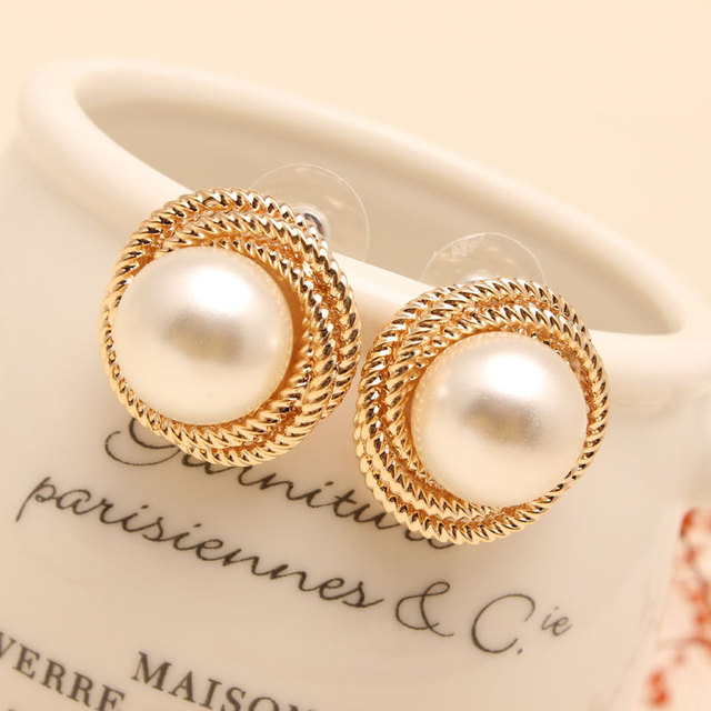 Fashion Seas Rea Pearl Earrings Stud High Quality Paragraph 18k Gold Plated Jewelry