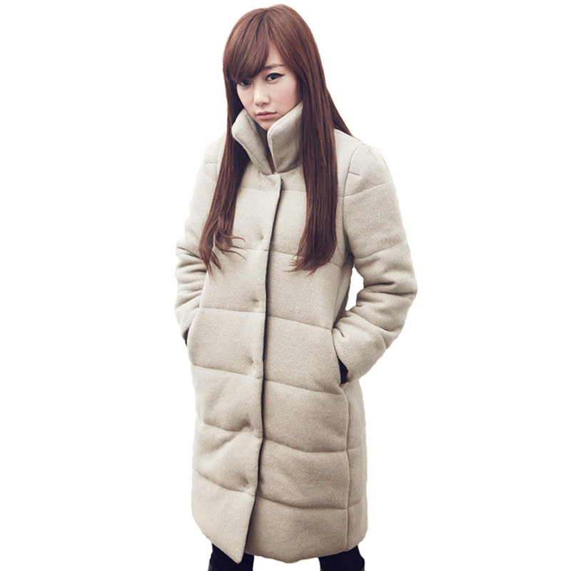 Extra long coats look best on slender women, and look best when worn open. Taller women look best in coats that have looser, over-shaped designs. Petite women should avoid the long, voluminous styles, because they may be overwhelming.
