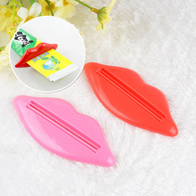 1pcs Sexy Lip Useful Squeezer Toothpaste Plastic Easy Tube Dispenser Rolling Bathroom Holder Red And Pink Color