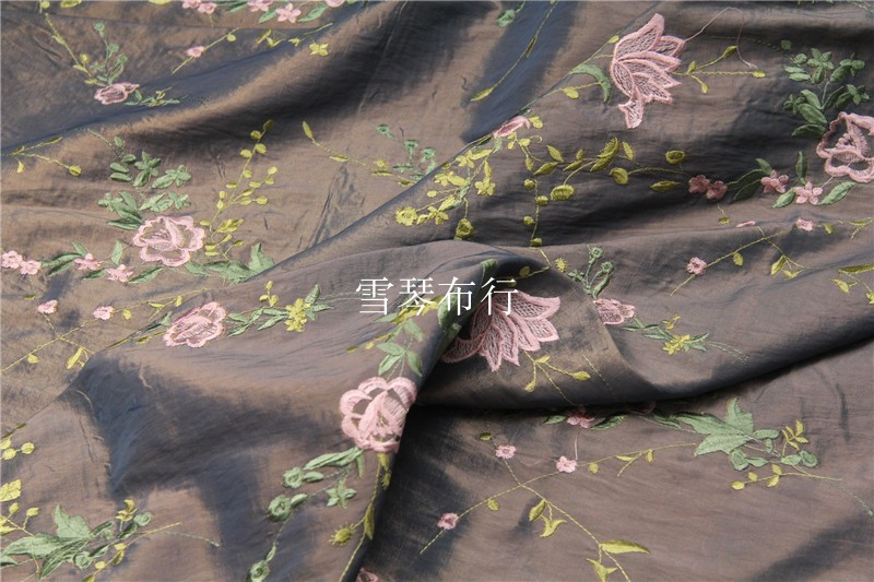 Heavy gloss Unreal lubricious ash on green golden luster embroidery jacquard chemical fiber fabrics Hanfu dress dress