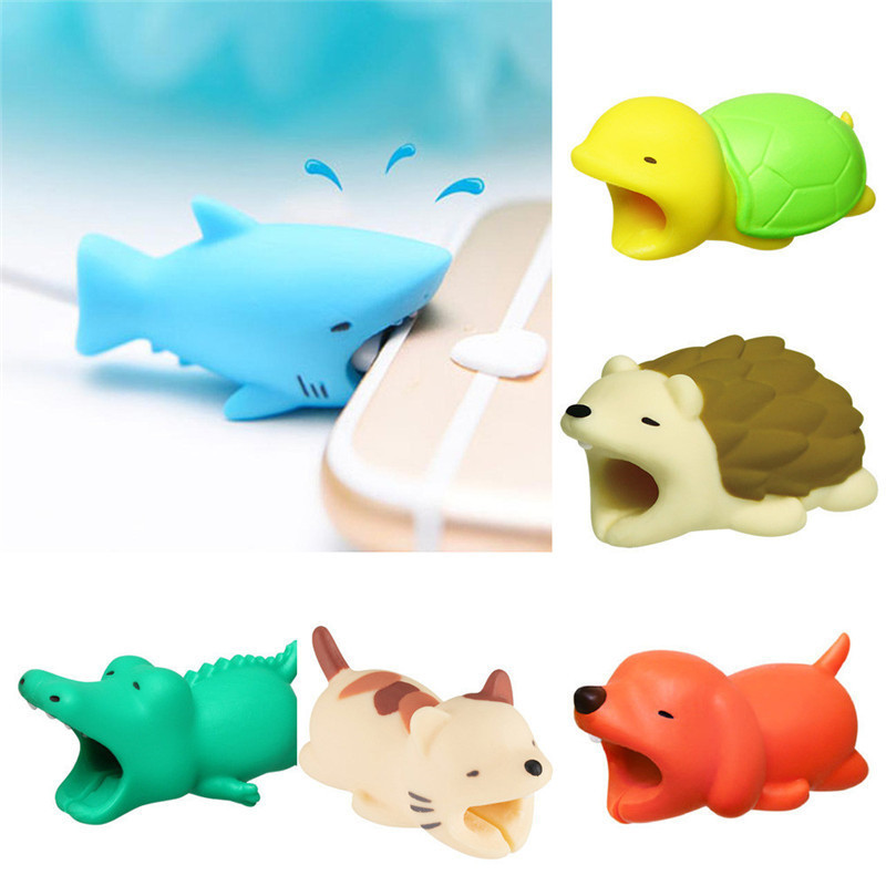 HTB1GMDqDf1TBuNjy0Fjq6yjyXXar 1 pcs Animal Cable bites Protector for Iphone protege cable buddies cartoon Cable bites kabel diertjes Phone holder Accessory