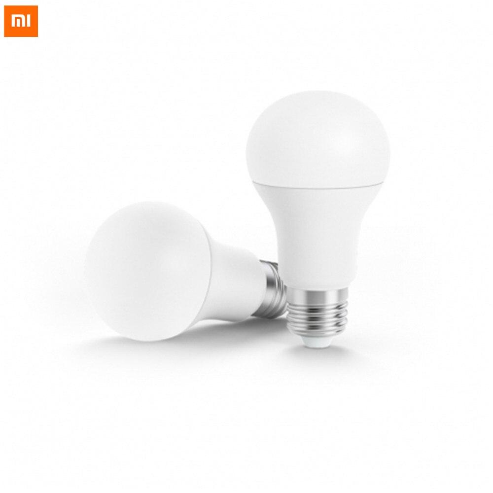 imágenes para Original Xiaomi Inteligente Bombilla LED Blanco E27 6.5 W 450lm Luz Mi Lámpara Mijia APP WiFi Control Remoto Luz Con Mi Aplicación Para teléfonos