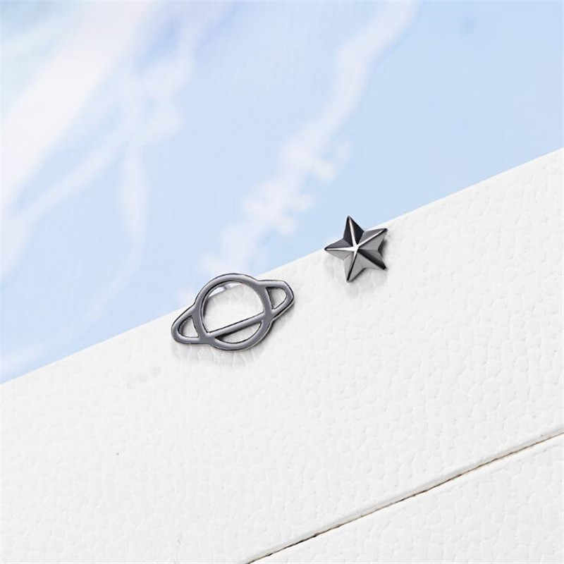 New Creative Black Asymmetric Universe Stars Female 925 Sterling Silver Jewelry Simple Temperament Popular Stud Earrings SE881
