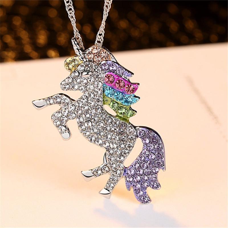Cute Animal Unicorn Necklace Best Friends Horse Necklace with Crystal Unicorn Pendant for Kids Girls Sweater Necklace for Women collares de perlas y cristales para novias