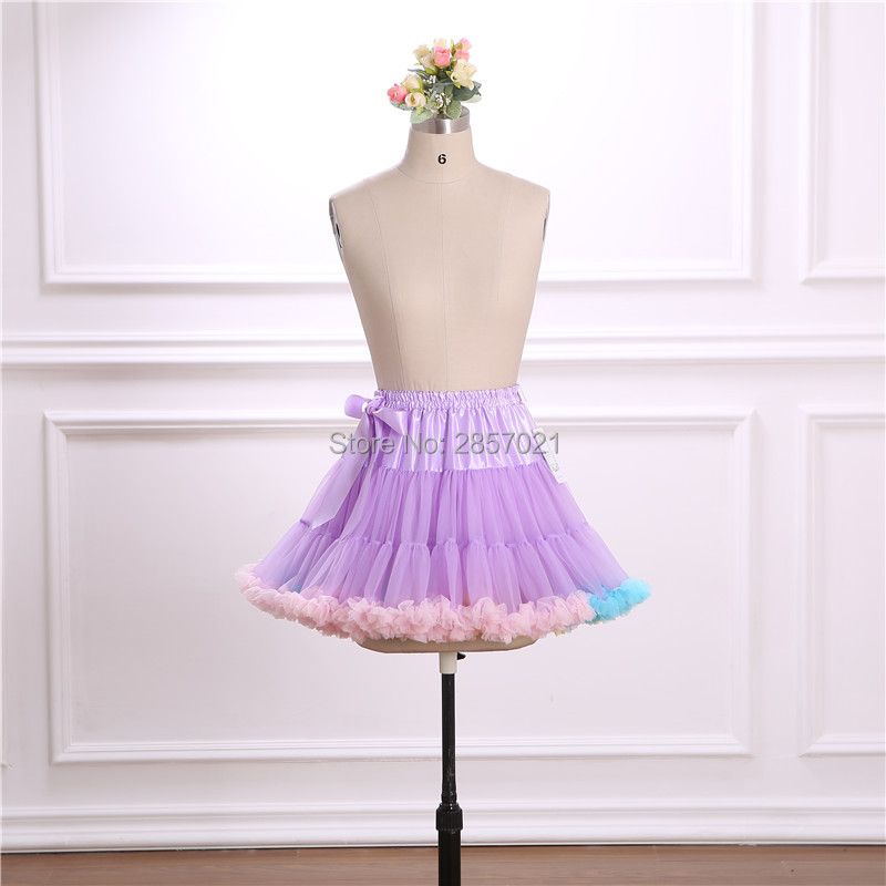 Light Purple Short Tulle Petticoat Cheap In Stock High Quality 2018 Wedding Accessories Bridal Wedding Petticoats Underskirt