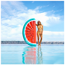 Summer 70 Inchs Giant Inflatable Half Watermelon Floating Row Air Mattresses Blowup Fruit Women Swimming Ring Toys For Adults