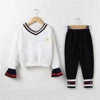 Autumn New Girls Sportswear Kids V Neck Striped Tracksuit 2 Piece Sweatshirt Pants Sports Suit Teenage Girls Clothing Set CA308