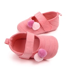 Lovely ball baby girl shoes suede leather first walker moccasins Newbo