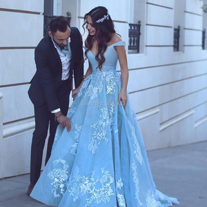Image 4 - Elegant Off the Shoulder Ball Gown Satin Prom Dresses 2021 robe de soiree Lace Appliques Prom Evening Gown Quinceanera Gowns
