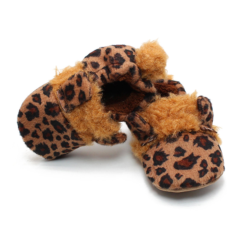Delebao Warm Prewalkers Baby Boy And Girl Shoes Lovely Leopard Flock Soft Sole Baby Shoes wholesale in First Walkers from Mother Kids