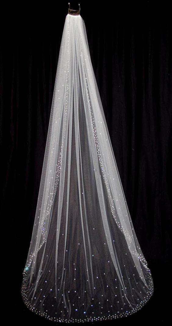 Sparkling bling Rhinestones crystals wedding veil 250 cm ...