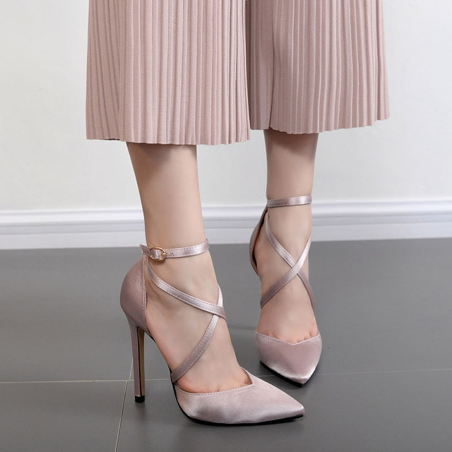 2019 New Summer Luxury Red Pink Black Elegant Women Bridal Wedding Shoes Silk  Satin Thin High Heels Shallow Woman Pumps Stiletto 257973047e78