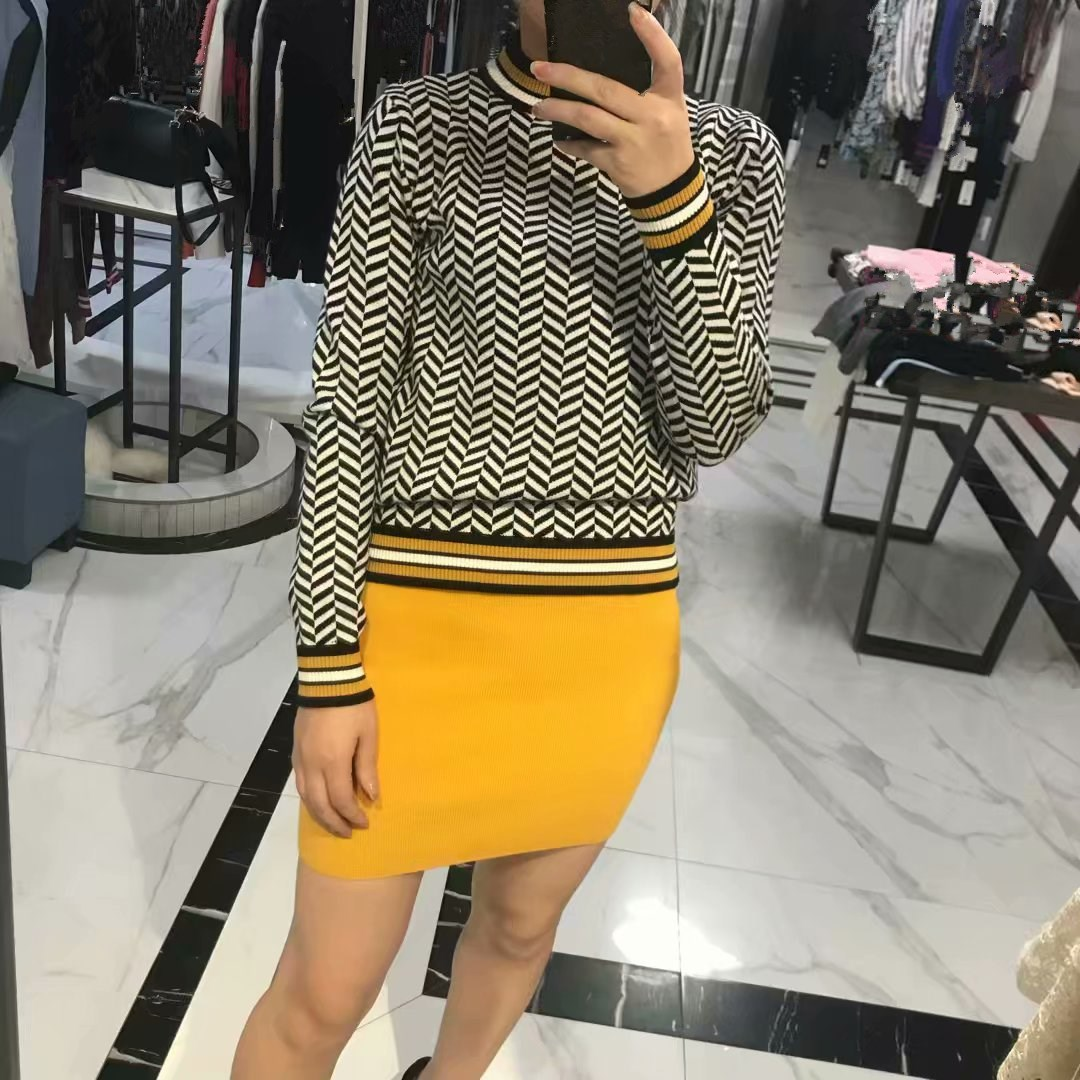 High Quality Autumn Women Sweaters and Pullovers O Neck Long Sleeve Knitted Striped Sweater