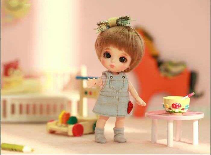1 12 BJD white doll Berry