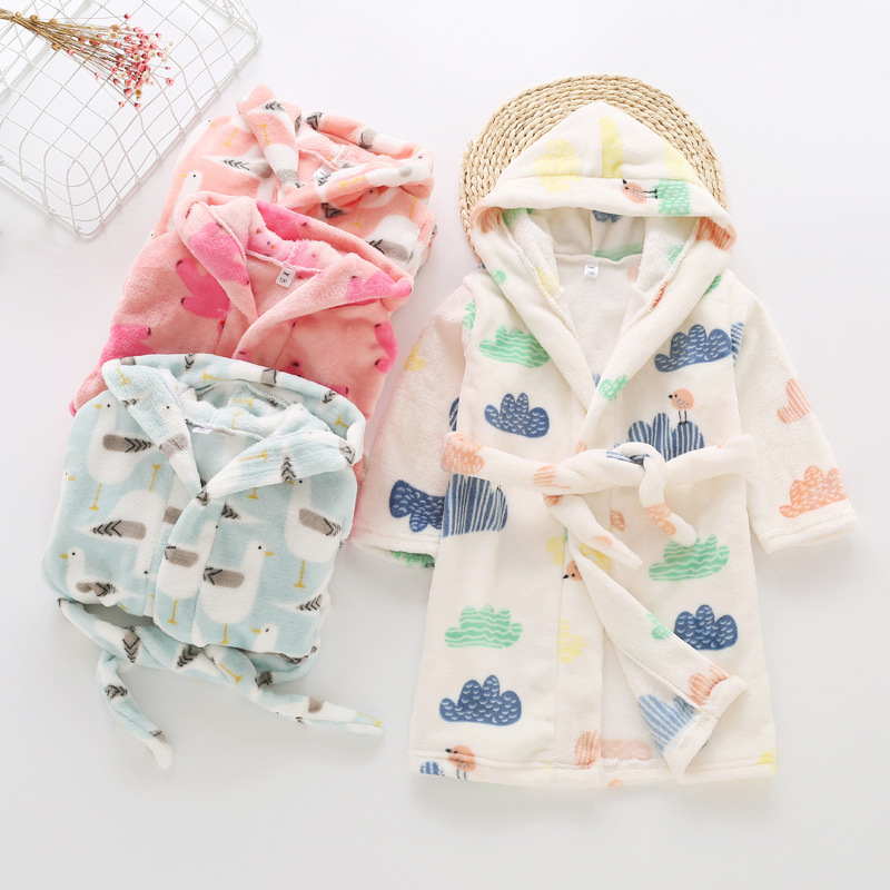 2018 Autumn Winter Children Flannel Robe Girls Boys Cute Cartoon Hooded Bathrobe Towel Kid Pajamas Infant Homewear Sleepwear