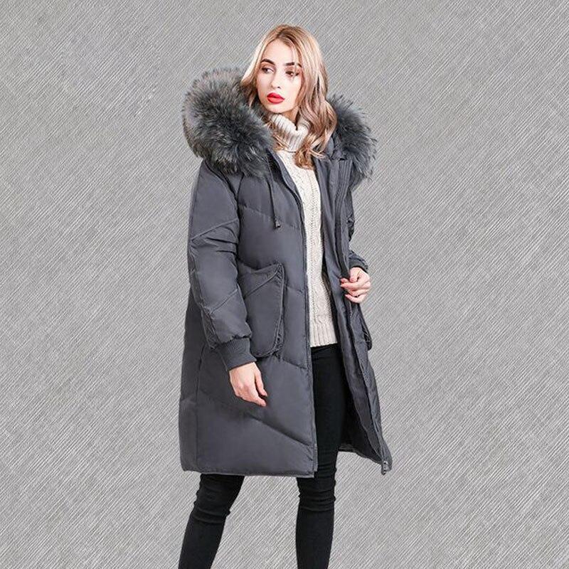 Énorme Réel Naturel Fourrure De Raton Laveur 2018 Nouvelle Veste D'hiver Femmes Blanc Duvet de Canard Veste Parka Chaud Femelle Plus La Taille Veste manteau à capuchon