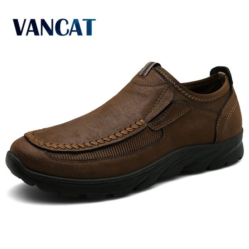 2019 Brand Spring Autumn Leather Mens Casual Shoes Outdoor Sneakers Men Loafers Ultralight Breathable Men's Shoes Plus Size 47