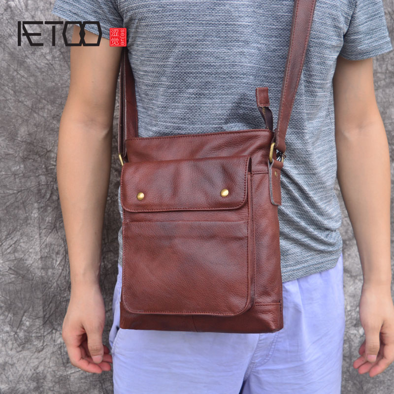 AETOO 2018 Genuine Leather Bags Men High Quality Messenger Bags Small Travel Dark Brown Crossbody Shoulder Bag For Men yiang 2018 genuine leather bags men high quality messenger bags small travel crossbody shoulder bag small phone pouch for men