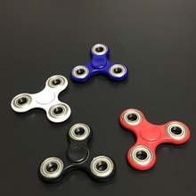 In stock 4color Tri-Spinner Fidget Toy Plastic EDC Fidgets Hand Spinner For Autism and ADHD Increase Focus Keep Hands Busy
