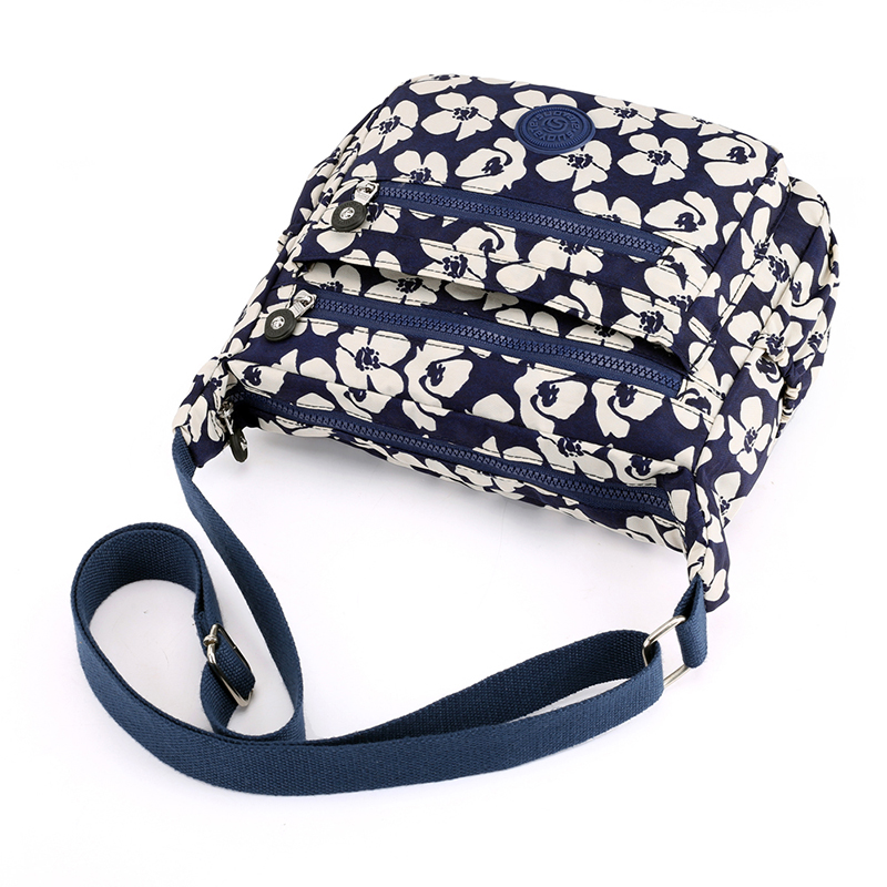 High Quality Light Nylon Women Shoulder Bag Fashion Floral Printing Handbag Crossbody Bag Multi-pockets Female Messenger Bags