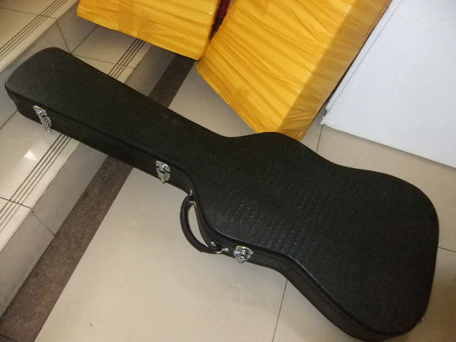 Hardcase for bass guitar etc Not sold separately hardcase for jazz guitar not sold separately