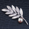 Oliva Leaf Style Alloy with Gold Plating Rhinestone Brooches for Lady High End Scarf Buckle