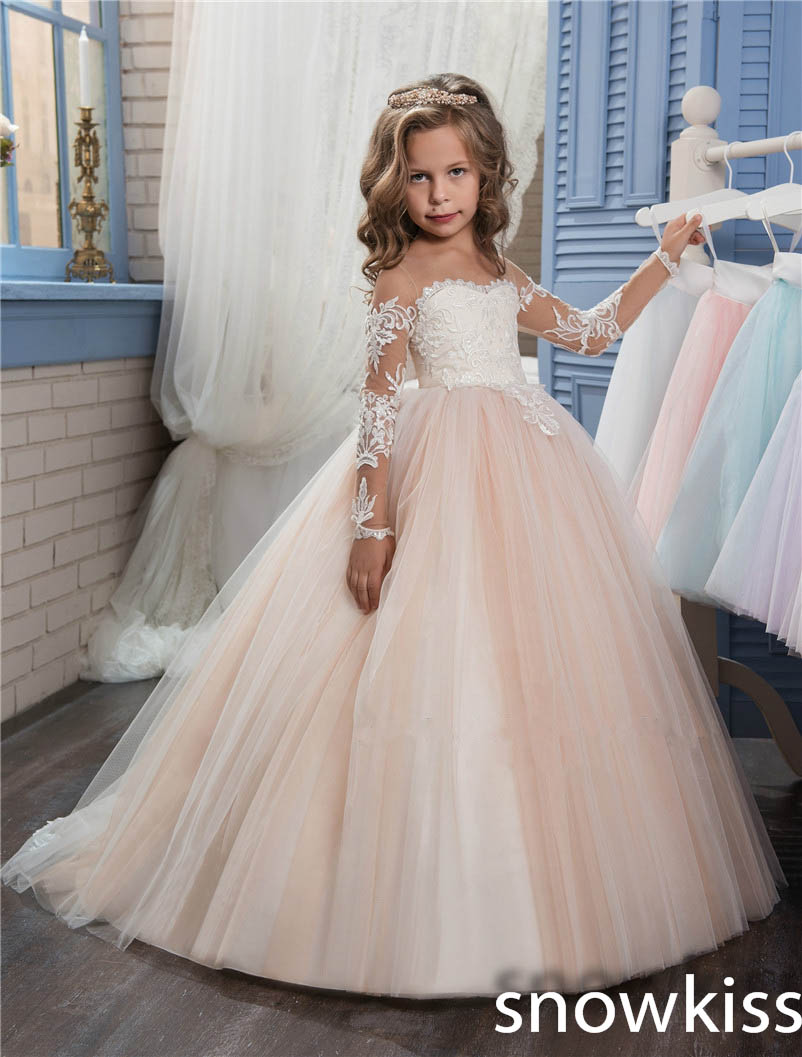 все цены на Princess vintage Arabic flower girl dresses for beach wedding sheer neck sweetheart long sleeve kids pageant dresses