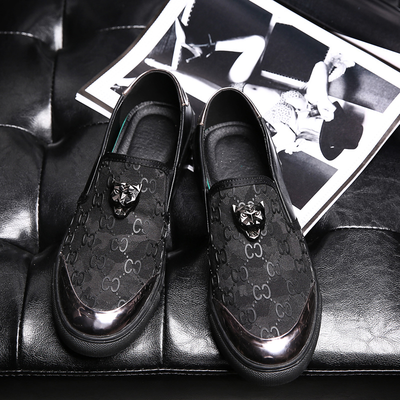 ФОТО 2017  Fashion Spring Summer Style Soft Moccasins Men Loafers High Quality Genuine Leather Shoes Men Flats Gommino Driving Shoes
