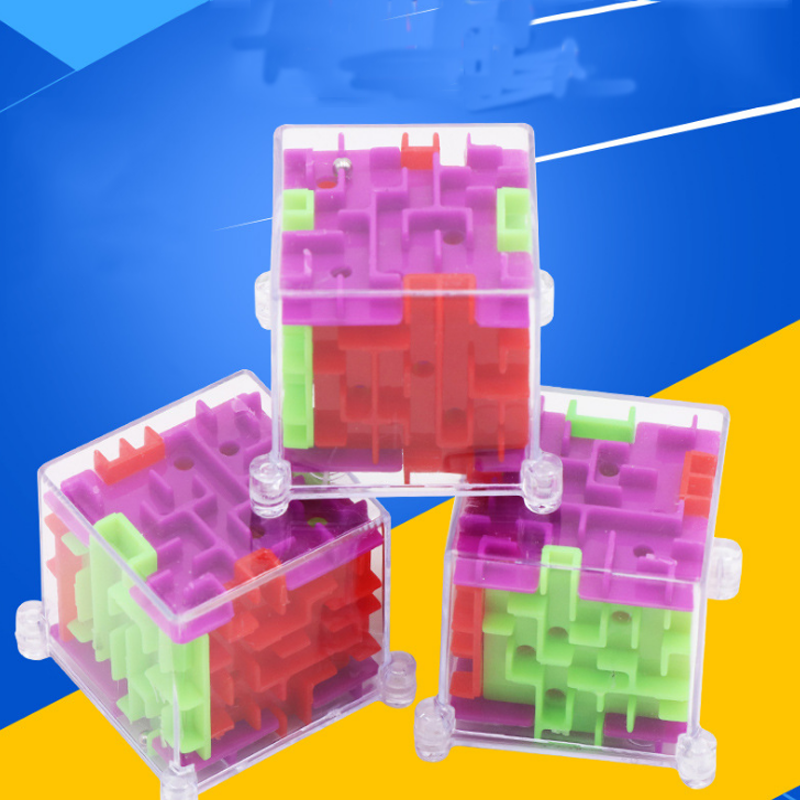 1 Pcs New 3D Stereo Mini Maze Rolling Ball Rotating Square Puzzle Game Children Adult Learning Educational Toys