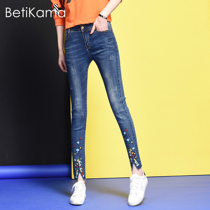 BetiKama Skinny Jeans Woman Plus Size Jeans with Embroidered Elastic Denim Jeans Mid Waist Pantacourt femme ete Jeans Feminino 2017 spring new embroidered jeans color embroidered national wind low waist jeans trousers
